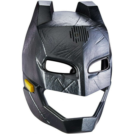 Batman v Superman: Dawn of Justice Voice Changer Helmet - Batman V Superman Suit