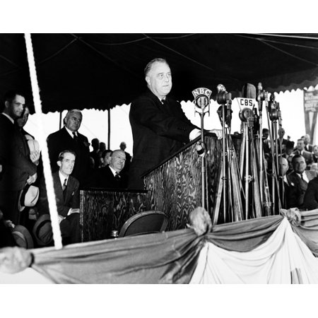 Franklin D Rooseveltn 1882 1945  32Nd President Of The United States Roosevelt Making A Dedicatory Speech At The Centennial Bridge Over The Chicago River Photographed 5 October 1937 Rolled Canvas Art