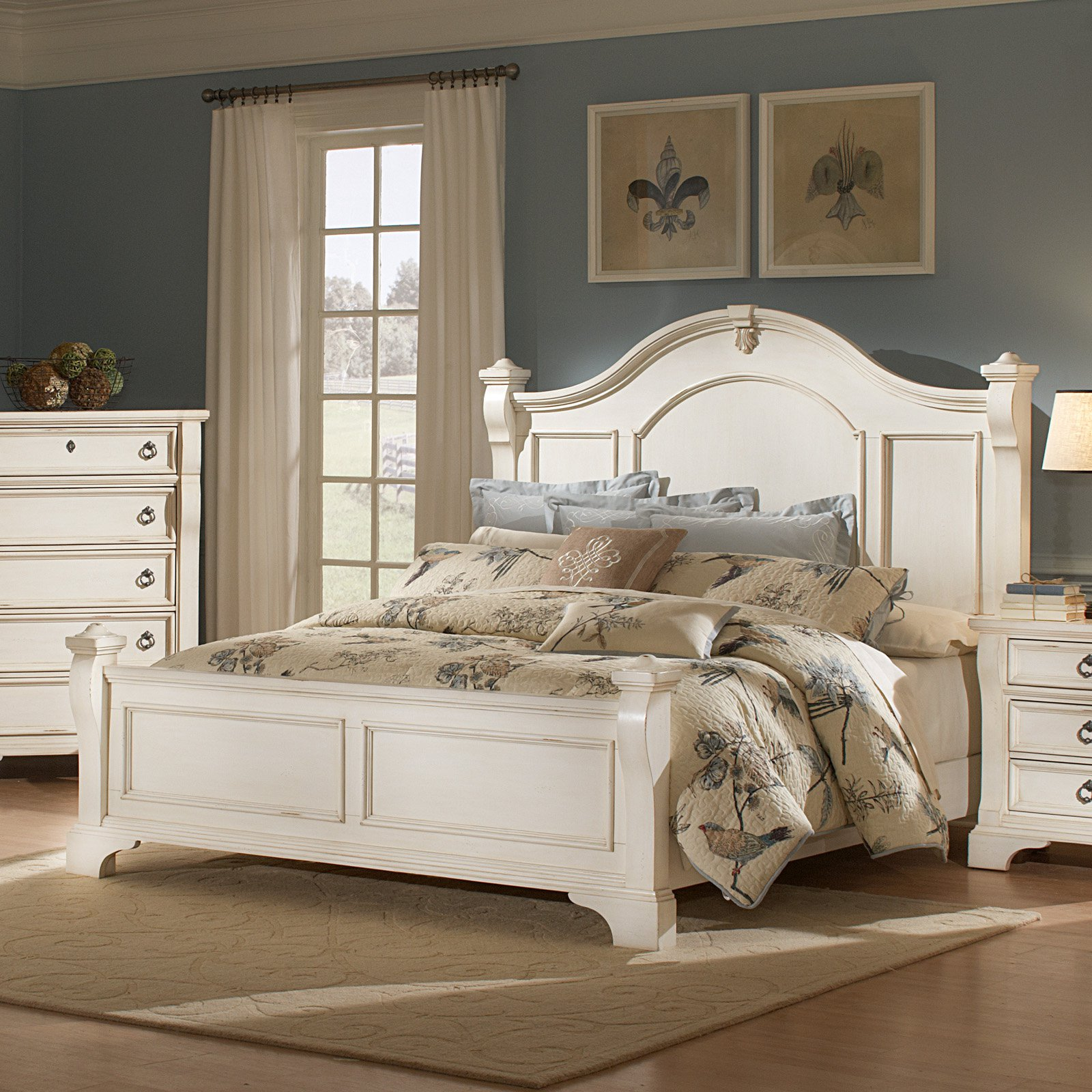 American Woodcrafters Heirloom Mansion Poster Bed by American Woodcrafters