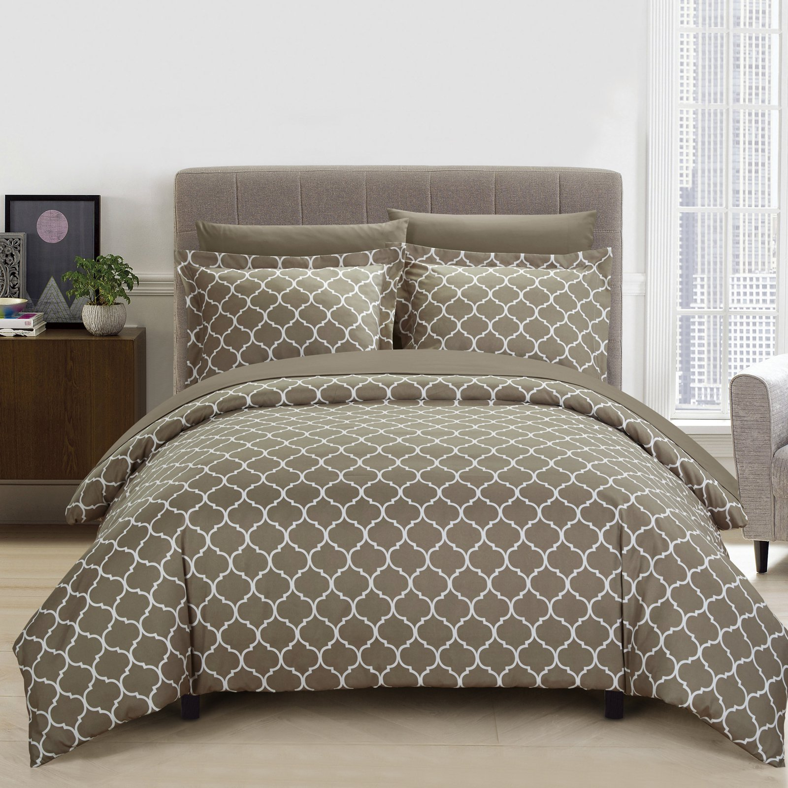 Finlay Duvet Cover Set by Chic Home