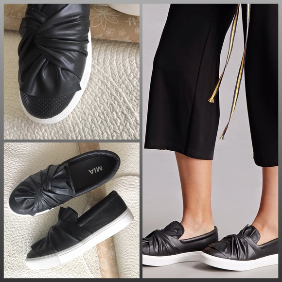 Zoe Fashion Sneaker, Black Slip