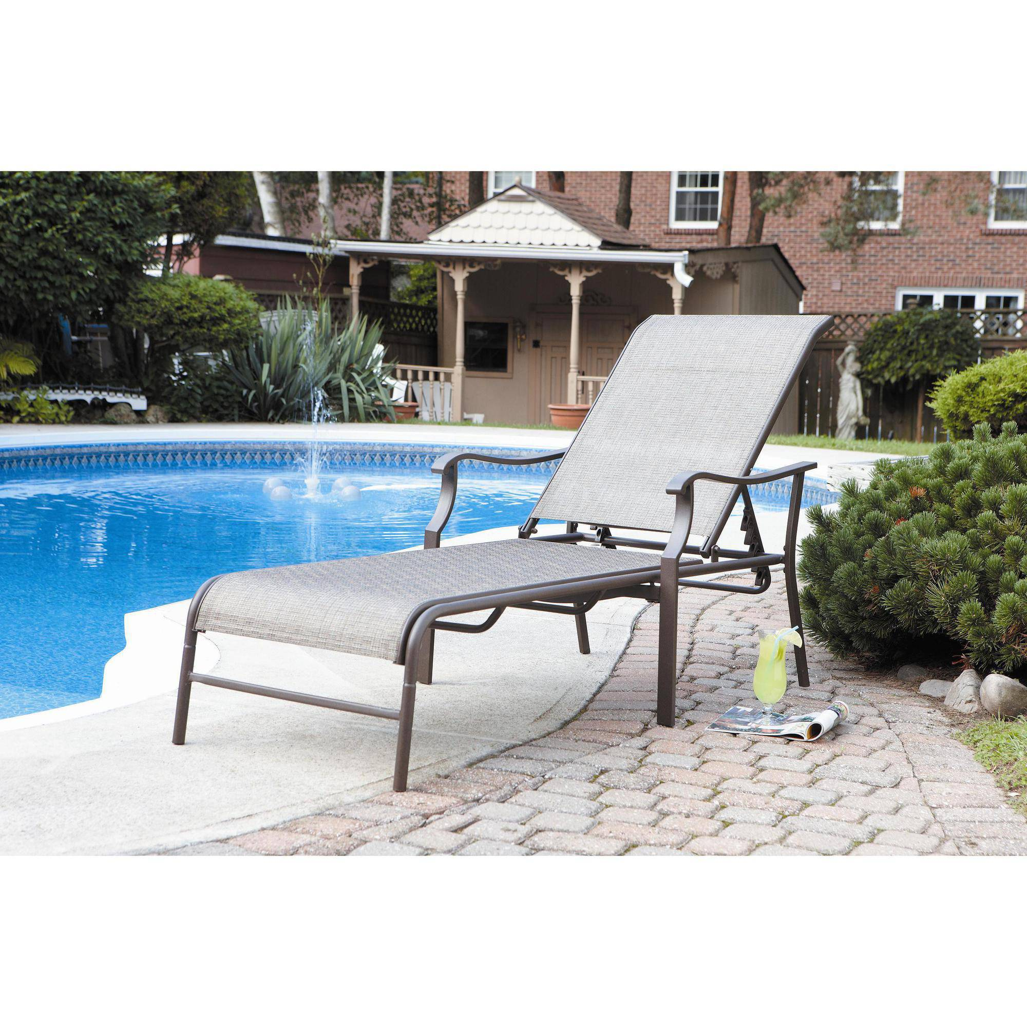 Mainstays Deluxe Orbit Chaise Lounge With Umbrella Amp Side