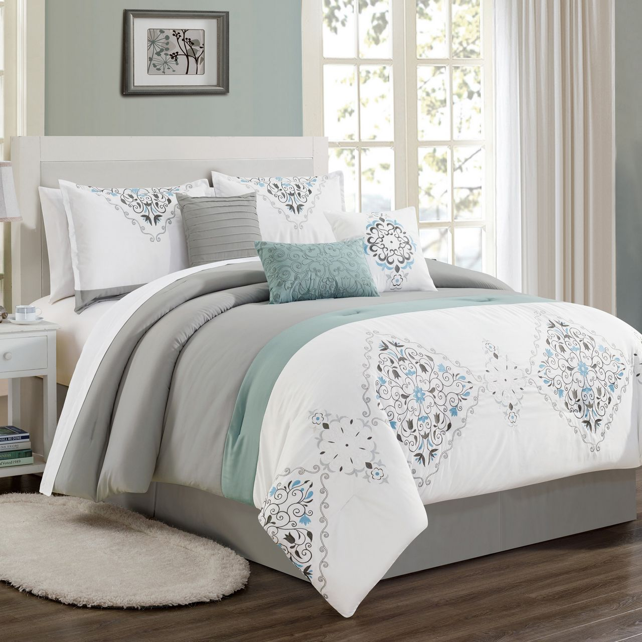 11 Piece Even Gray/White/Blue Bed in a Bag Set