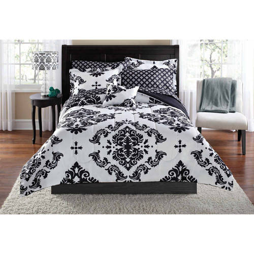 Mainstays Classic Noir Queen Bed in a Bag Coordinating Bedding Set, Black