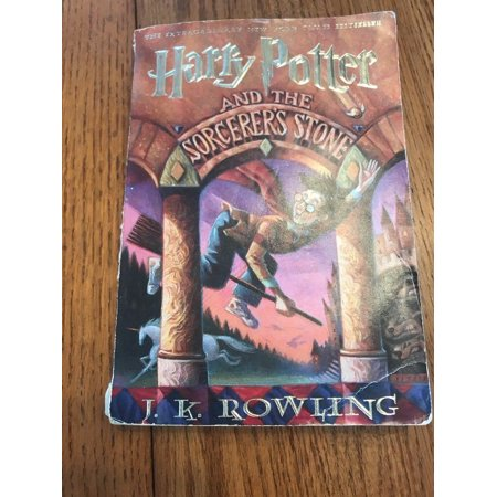 Harry Potter: Harry Potter and the Sorcerer's Stone by J. K. Rowling Ships N 24h ()