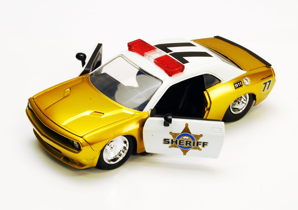 Dodge Challenger SRT8 Sheriff Car #77, Gold Jada Toys Heat 96460 1 24 scale Diecast Model... by Jada