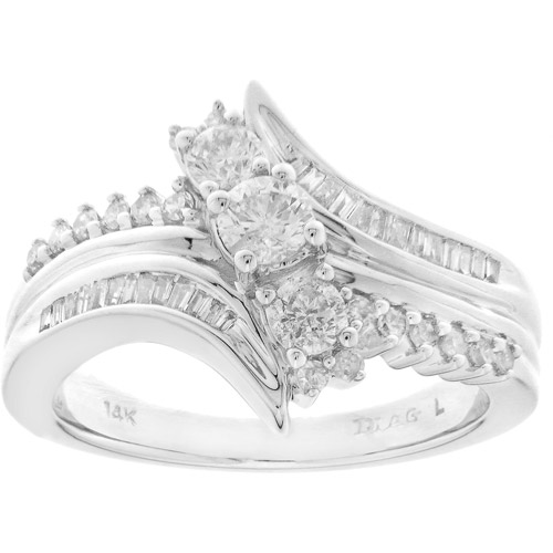 3/4 Carat T.w. Diamond Fashion Ring In 1