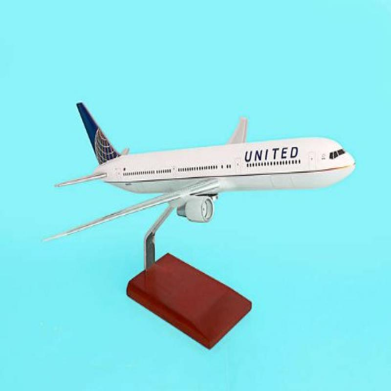 G36010 Executive Desktop United 767-400 Merger Model Airplane by Executive Series Display Models