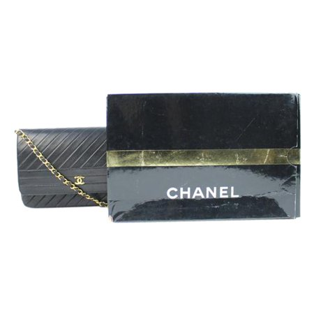 CHANEL ( W/ Auth Certificate ) 215343 Quilted Lambskin Chevron Classic Flap Quilted Lambskin Single Flap