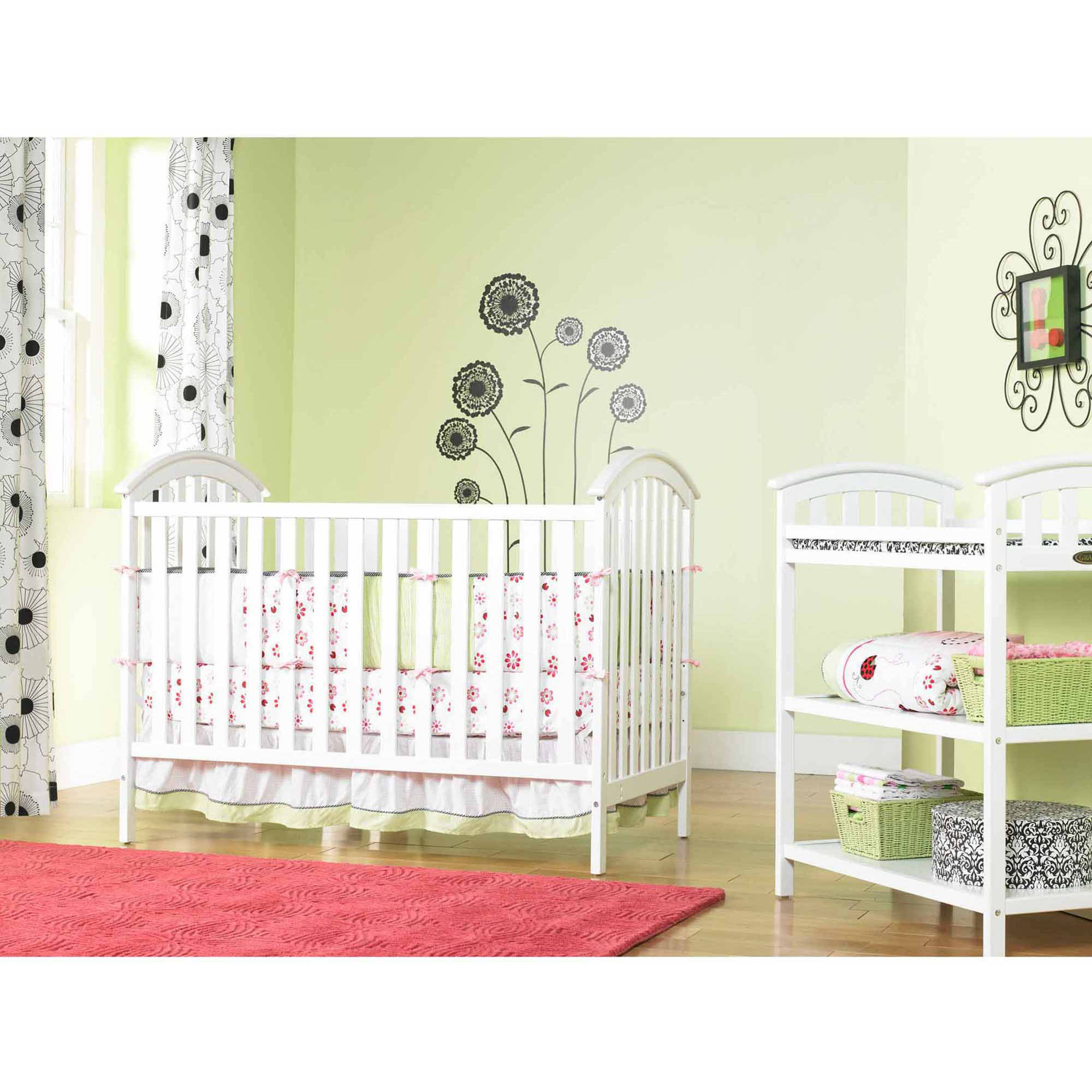 Graco - Freeport Classic 4-in-1 Convertible Crib, Choose Your Finish