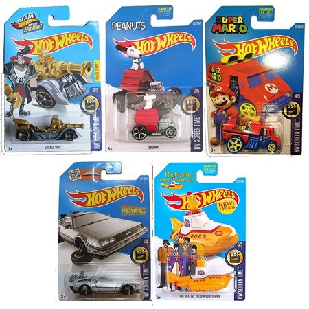 Hot Wheels Treasure (Hot Wheels 2016 HW Screen Time 5-Car Set Back to the Future Delorean Time Machine Hover Mode, Cool One Super Mario, Peanuts Snoopy, Team Hot Wheels Grease Rod Treasure Hunt, & Beatles Yellow Submarine)