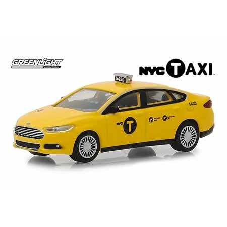 2013 Ford Fusion, NYC Taxi Cab - Greenlight 30011/48 - 1/64 scale Diecast Model Toy