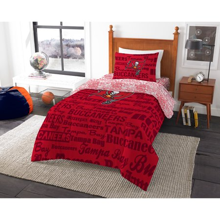 NFL Tampa Bay Buccaneers Bed in a Bag Complete Bedding
