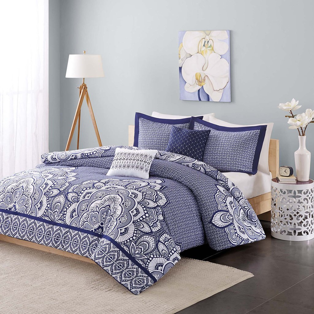 ID12-386 Isabella Duvet Cover Set, Twin/Twin X-Large, Blue, Set includes: 1 duvet cover, 1 standard sham, 2 decorative pillows By Intelligent Design