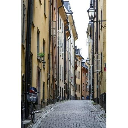 Street Scene in Gamla Stan, Stockholm, Sweden, Scandinavia, Europe Print Wall Art By Yadid Levy