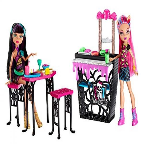 Monster High Creepteria with Cleo de Nile and Howleen Wolf Doll