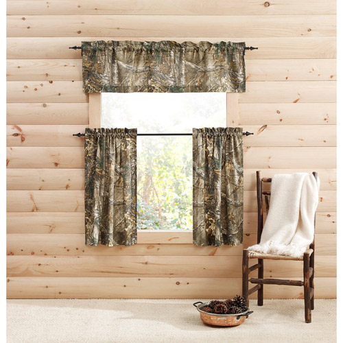 Realtree Bedding Camouflage Semi-Sheer Pinch Pleat Curtain Panels (Set of 2) by 1888 Mills, LLC
