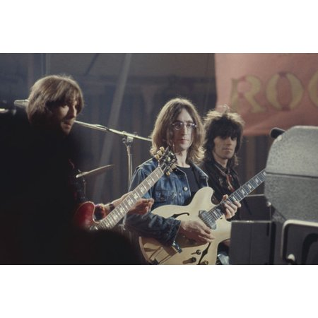 Keith Richard and Eric Clapton and The Beatles candid filming Rolling Stone's Rock and Roll Circus movie 24x36 (Circus Poster)