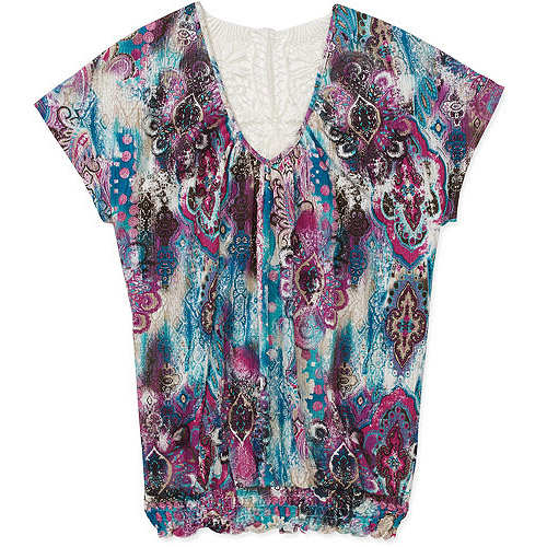 No Boundaries Womens Plus-Size Printed Vneck Top With Crochet Back Detail