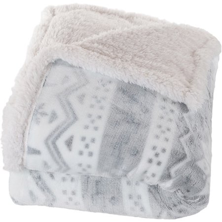 Somerset Home Fleece Sherpa Blanket Throw Blanket  Snow Flakes