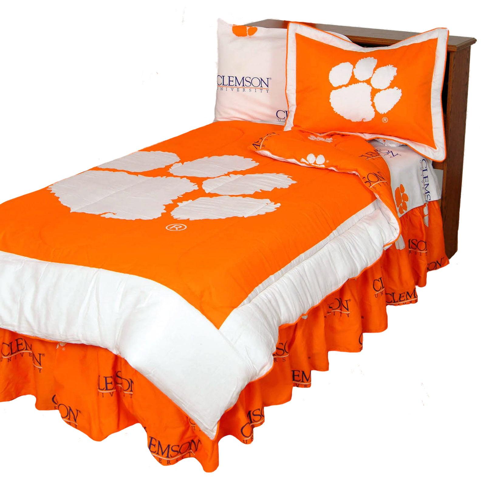 Clemson Tigers 3 Pc Comforter Set, 1 Comforter, 2 Shams, King