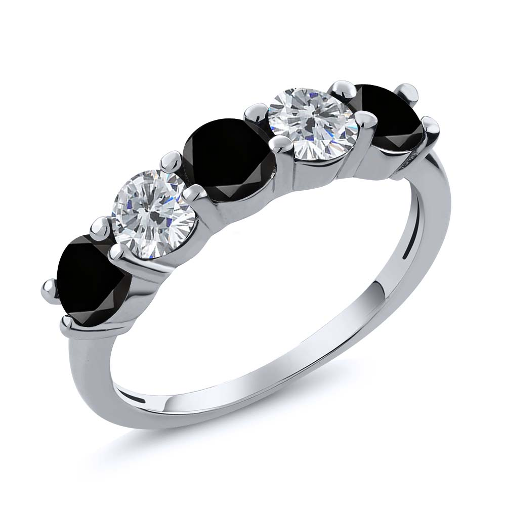 0.85 Ct Round Black and G/H Diamond 925 Sterling Silver W...