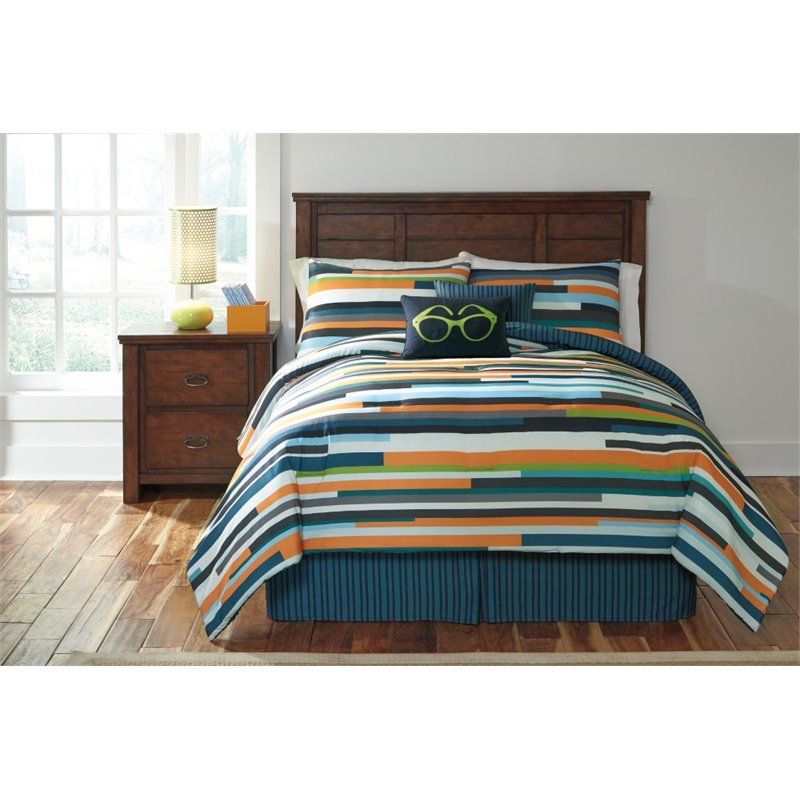 Ashley Seventy Twin Comforter Set in Stripe