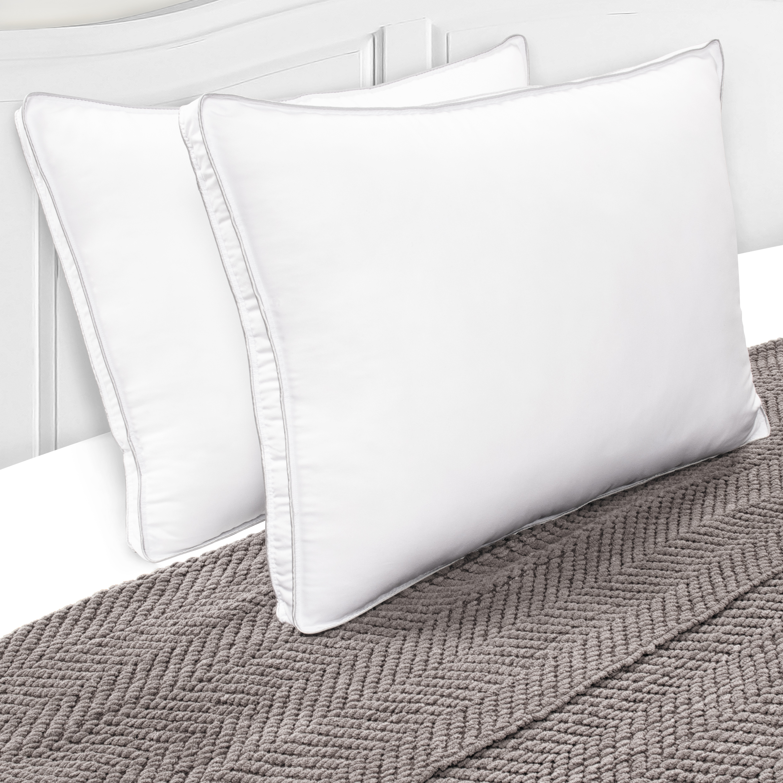 Superior Hypoallergenic 100% Microfiber Gusset King Pillow in White (Set of 2)