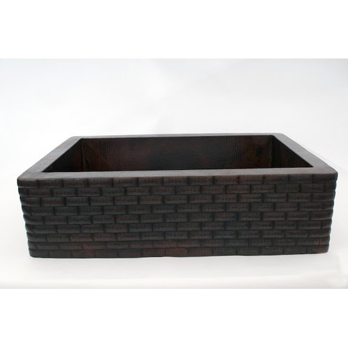 Ambiente 33'' x 22'' Bricks Apron Single Well Hammered Co...