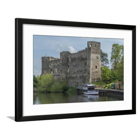 Castle and River Trent, Newark, Nottinghamshire, England, United Kingdom Framed Print Wall Art By Rolf (Newark Castle)