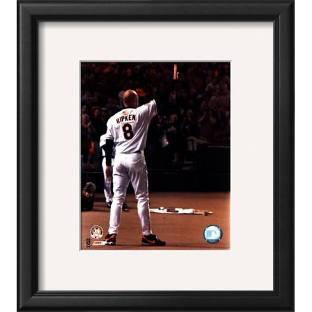 - Cal Ripken Jr. - Last Game Waving Framed Photographic Print Wall Art  - 14x10