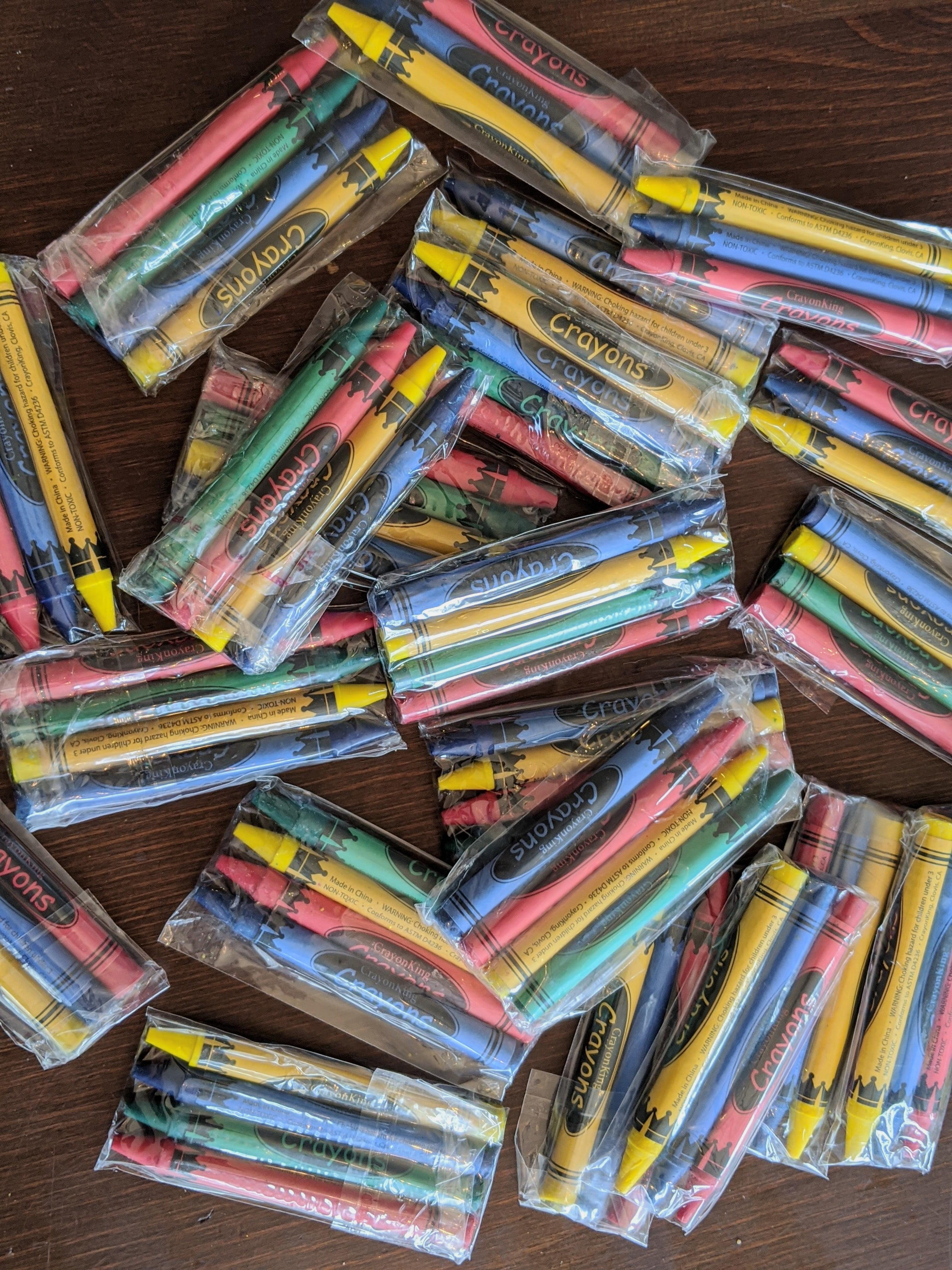 Coloring Crayons CrayonKing 2,000 Bulk Crayons 500 Sets of 4-Packs in Cello