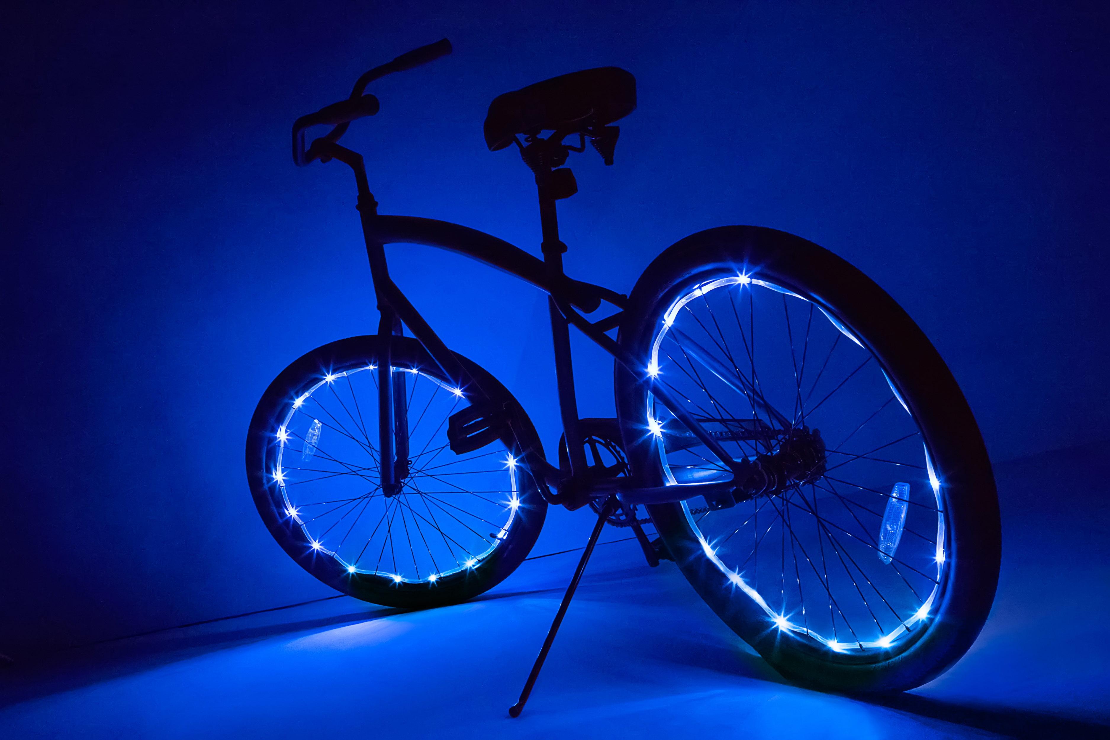 Bike Bicycle Wheel Tire Valve Cap Spoke 16 LED 4-Color Lights Lamp 30 changes