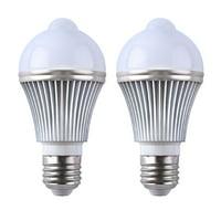 2-Pack Motion Sensor + Light Sensor Bulb, 5W 450Lumens E27 Base PIR LED Lamp and Dusk to Dawn Auto Switch Light Bulb for Stairs, Garage, Corridor, Walkway, Yard, Hallway, Patio