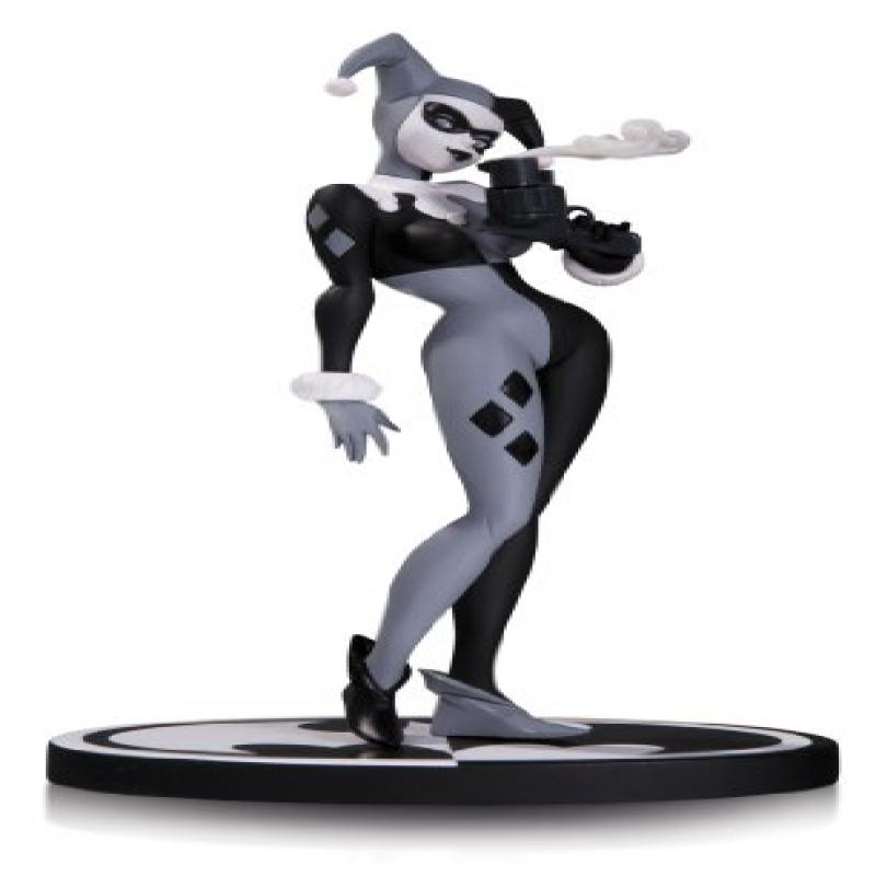 DC Collectibles Batman Black & White: Harley Quinn Statue by Bruce Timm by