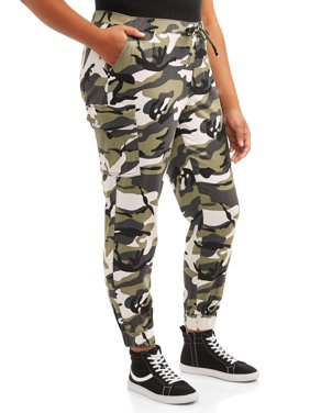 Almost Famous Juniors' Plus Size Camo Cargo Jogger Pant with Elastic Waistband