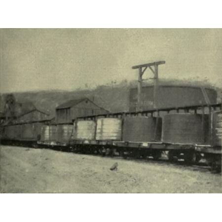 LAMINATED POSTER Deutsch: Eisenbahnwagen mit jeweils 2 runden Roh̦ltanks aus Holz mit einer KapazitÌ_t von jeweils c Poster Print 24 x 36 (Faux Holz Sonnenbrille)