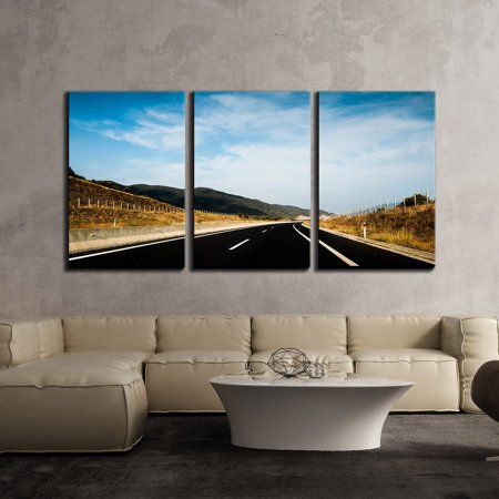 "wall26 - 3 Piece Canvas Wall Art - Highway Leads to Distance - Modern Home Decor Stretched and Framed Ready to Hang - 16""x24""x3 Panels"