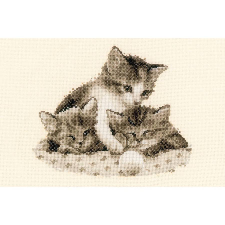 """Three Little Kittens On Aida Counted Cross Stitch Kit, 9"""" x 8"""", 14 Count"""