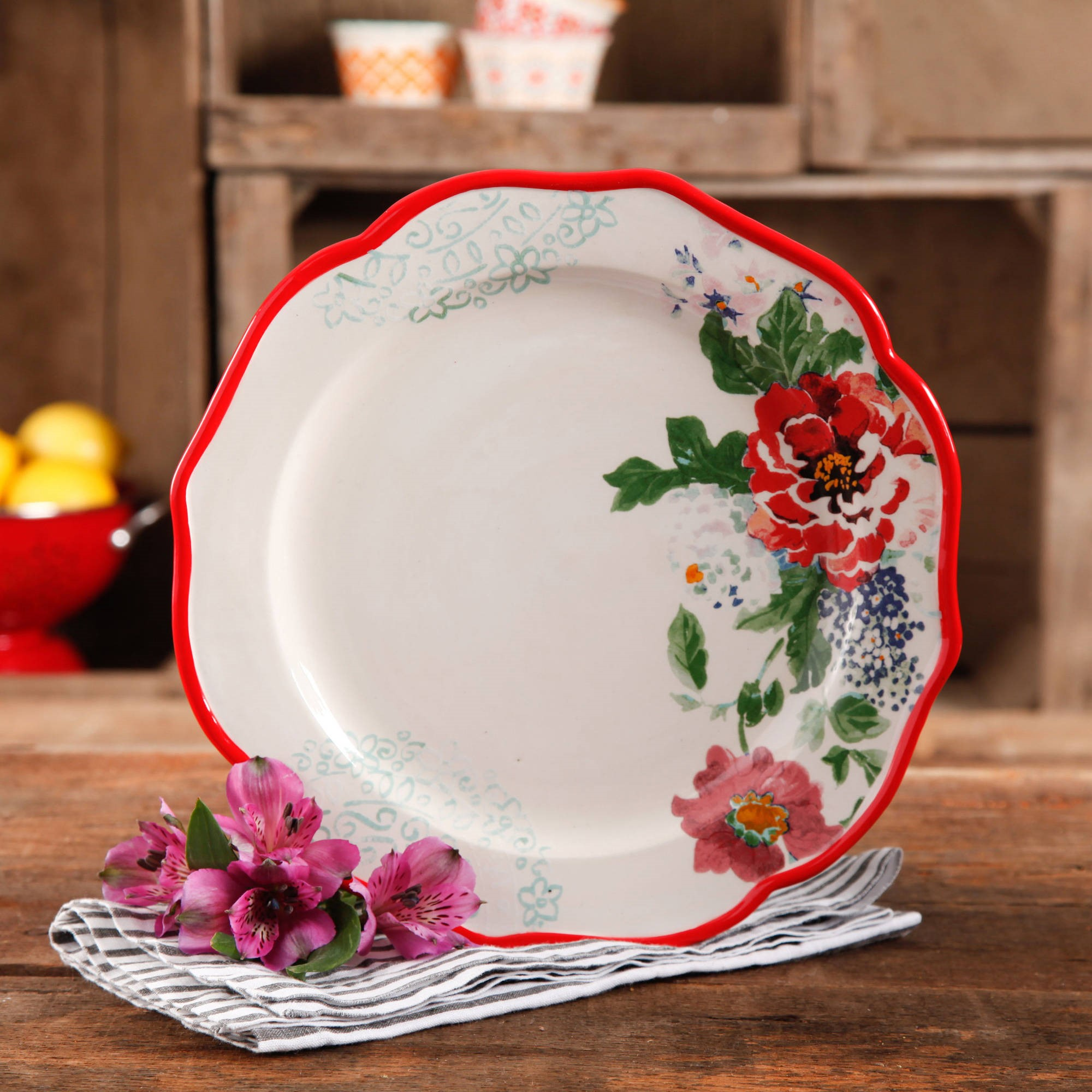 """The Pioneer Woman Country Garden 10.5"""" Decorated Dinner Plates, Set of 4"""