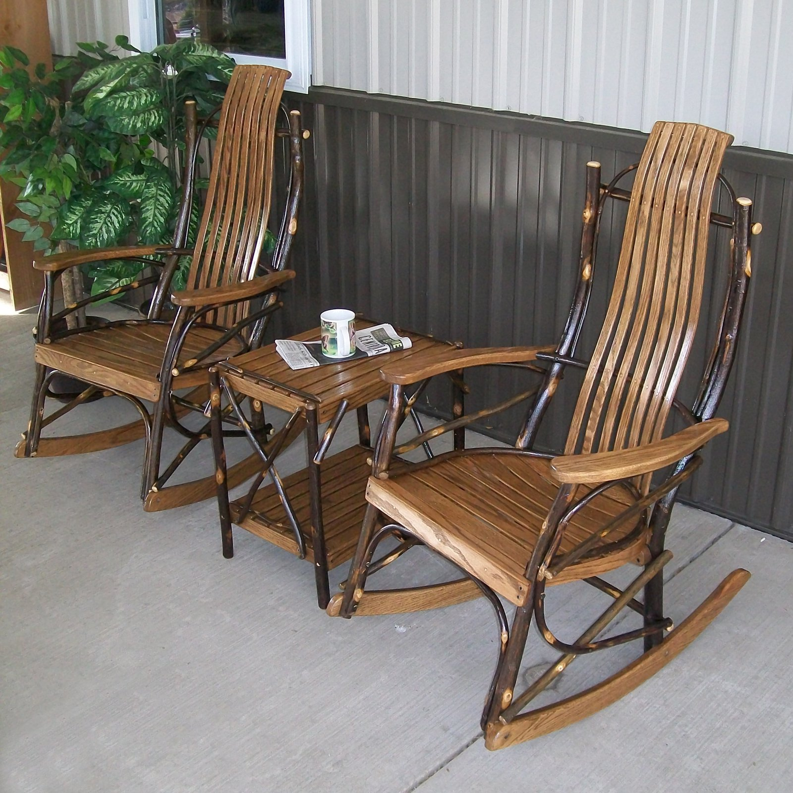 A & L Furniture Hickory 3 pc. 7-Slat Rocker Chat Set with Side Table