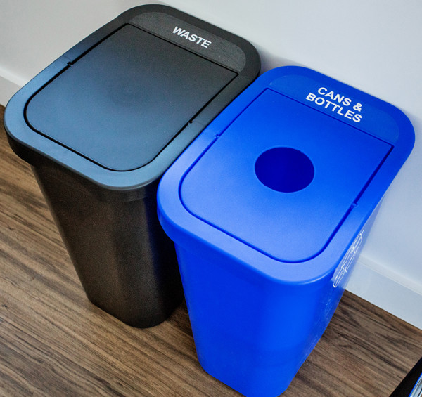 Busch Systems Billi Box Recycling Station - Double Stream 20 G - Circle | Full - Blue |Black - Cans & Bottles | Waste Indoor Container - image 1 de 2