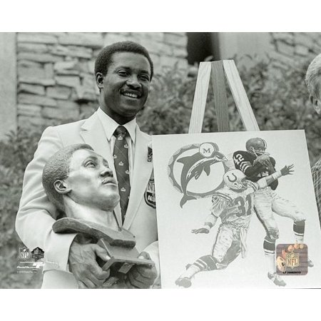 Paul Warfield 1983 NFL Hall of Fame Induction Ceremony Photo (Nfl Hall Of Fame Induction On Tv)