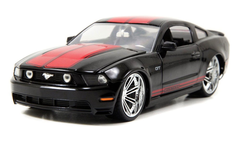 Ford Mustang GT, Black Jada Toys Bigtime Muscle 96868 1 24 scale Diecast Model Toy Car by Jada