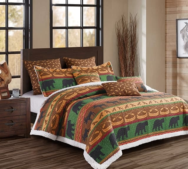 Lodge Preserve Moose, Canoe,Bird, and Bear Rustic Quilt and Sham Set - Queen / Full Size