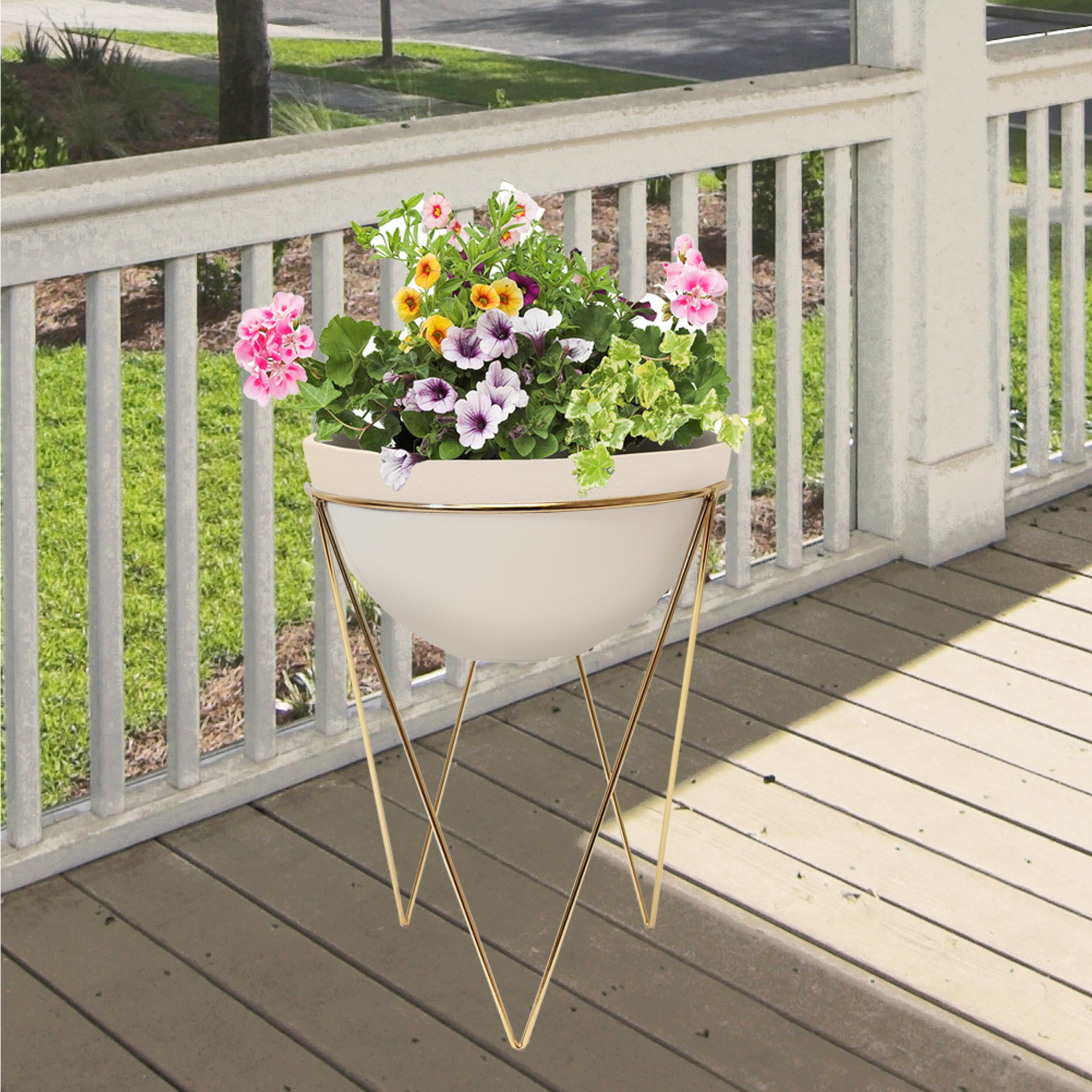 Mainstays 13in Gold Plant Stand