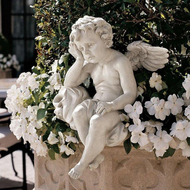 Design Toscano Mourning Mortality Sitting Cherub Sculpture