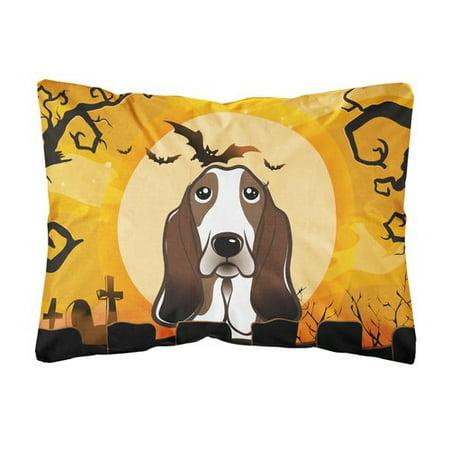 The Holiday Aisle Lomita Halloween Basset Hound Fabric Indoor/Outdoor Throw - The Halloween Hound