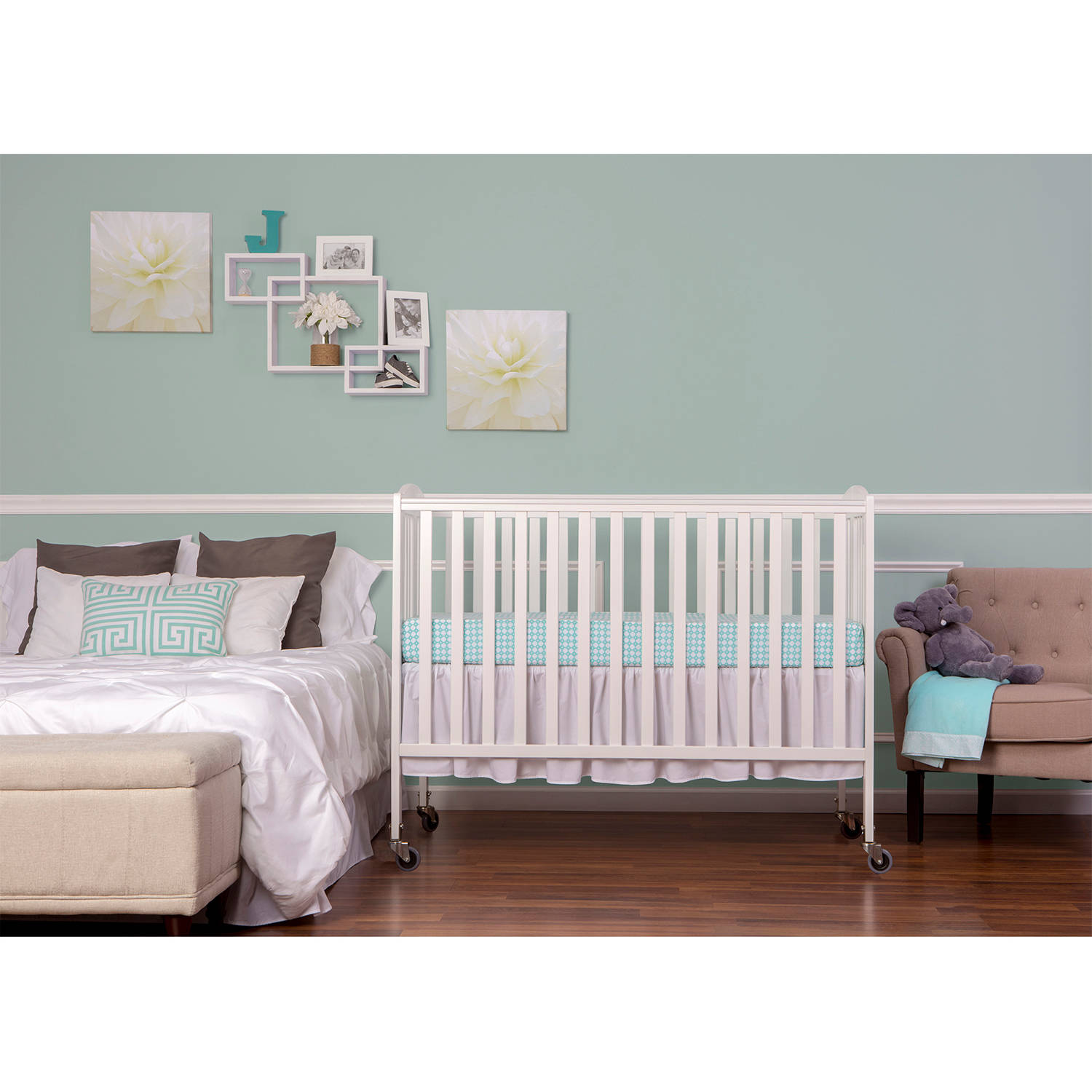 Dream On Me Folding Full-Size Convenience Crib, White