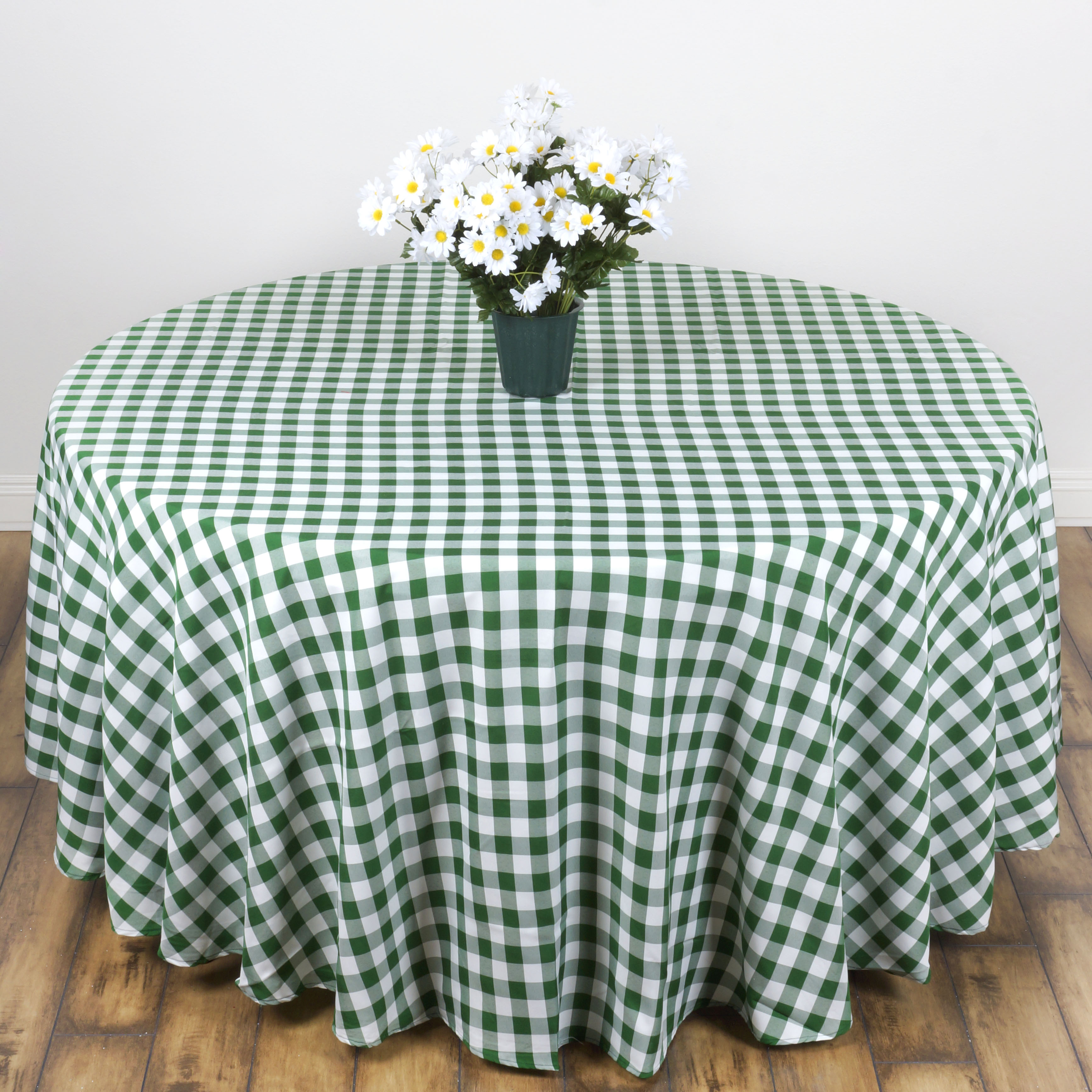 "Efavormart Perfect Picnic Inspired Checkered 90"" Round Polyester Tablecloths for Kitchen Dining Catering Wedding Birthday Party"